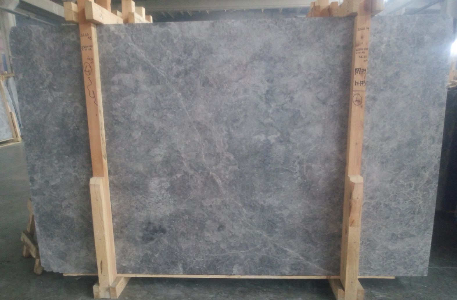 Crystal Grey_First Selection_Slabs 20 mm_Honed_4__1_