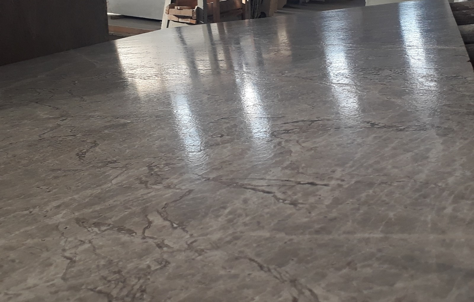 Silver Shadow_First Selection_Slabs 20 mm_Brushed_Quality__1_