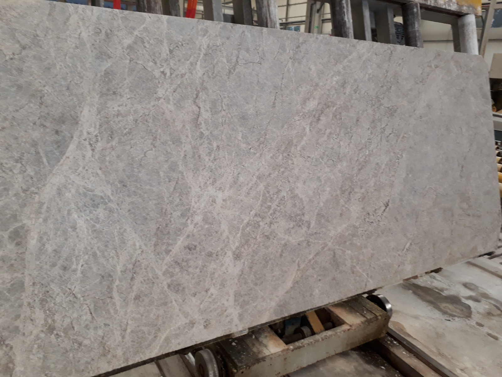 Silver Shadow_First Selection_Slabs 20 mm_Brushed_Selection__7_