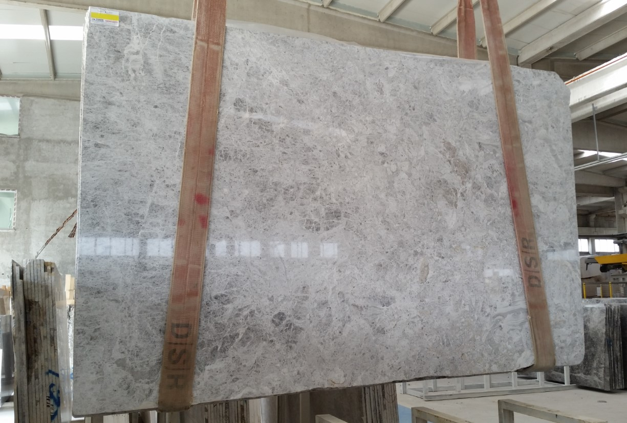 Bella Tundra Grey_First Selection_Slabs 20 mm_Polished_SelectionLike__4_