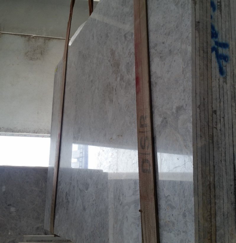 Bella Tundra Grey_First Selection_Slabs 20 mm_Polished_SelectionLike__5_